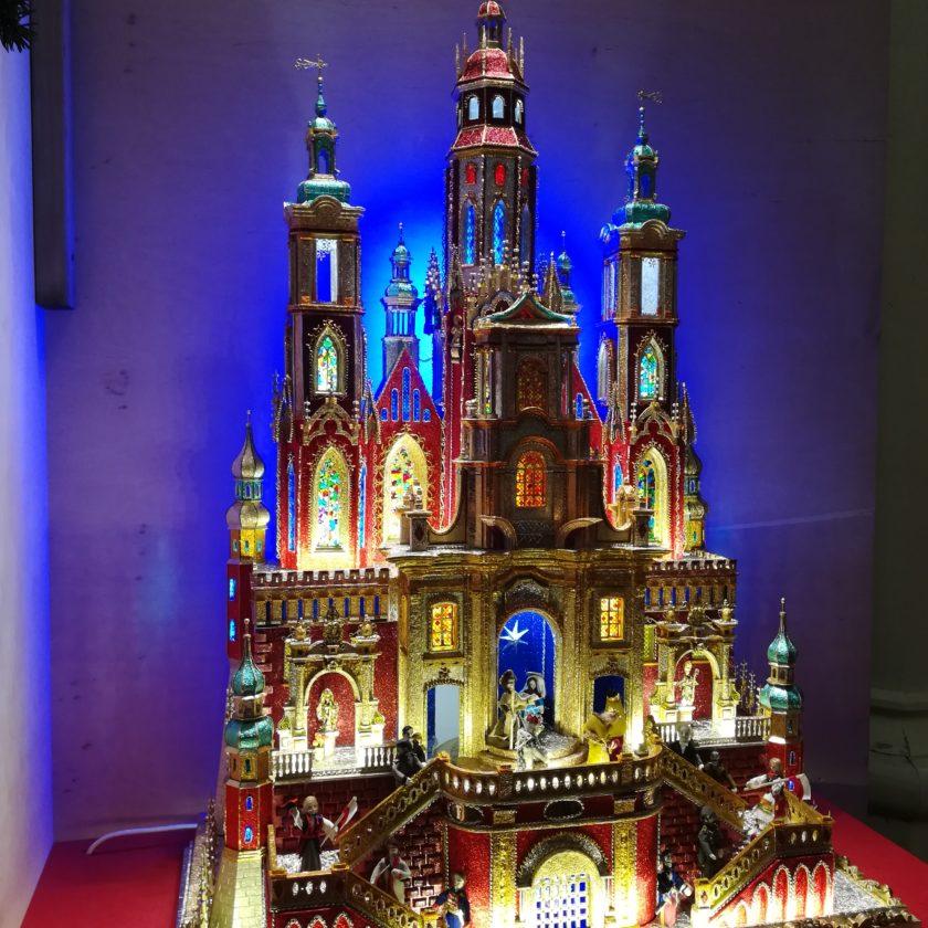 Magia świąt zaklęta w krakowskich szopkach