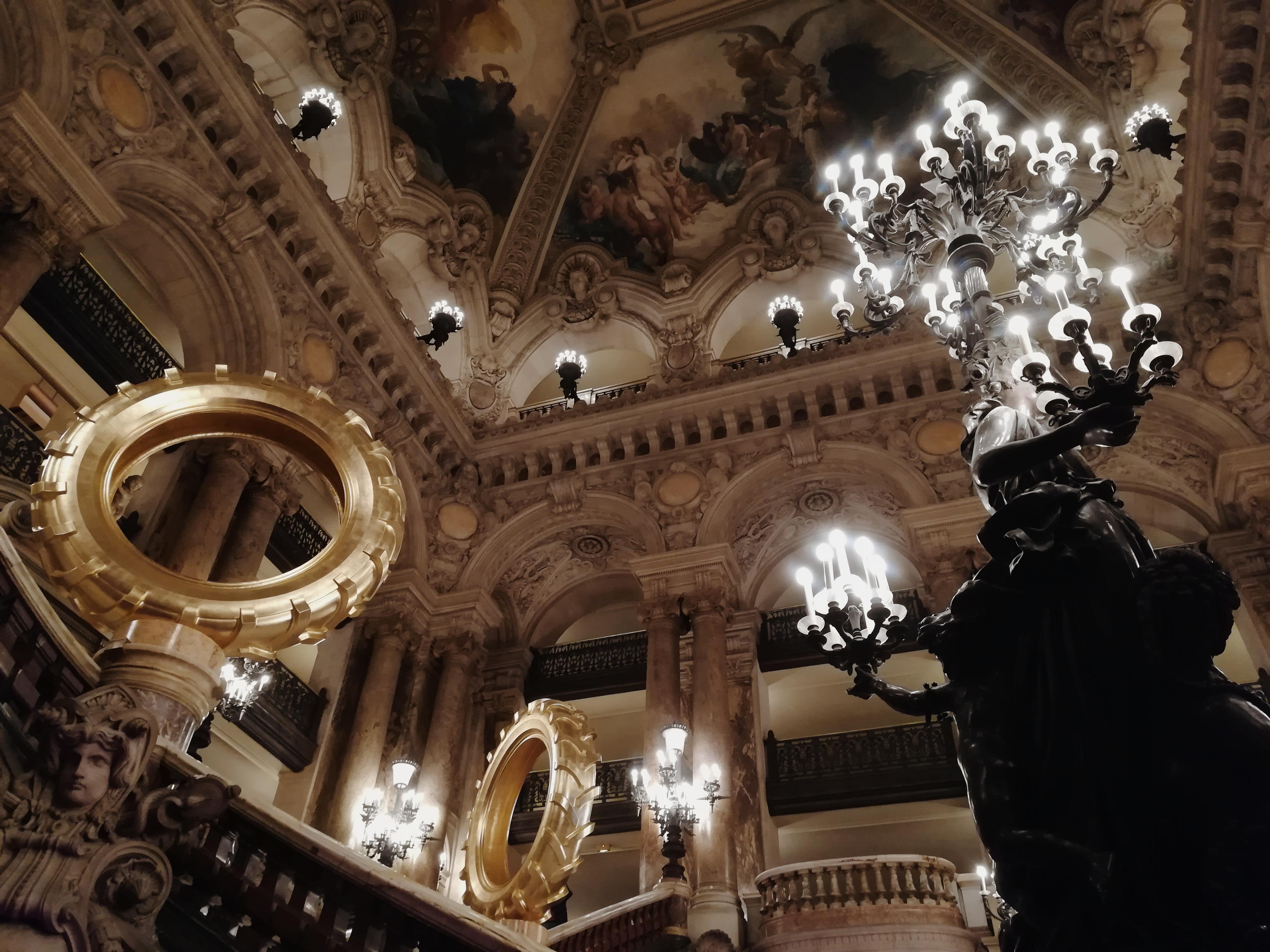 wnetrze-paryskiej-opery-garnier